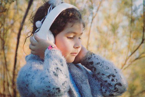 little-girl-4811695_1920